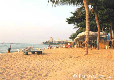 Seashore, Pattaya City.jpg