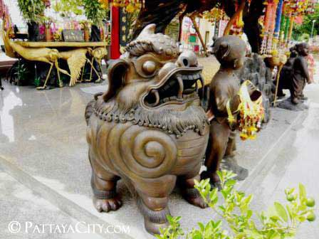 pattaya_city_chinesetemple (37).jpg