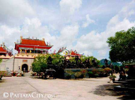 pattaya_city_chinesetemple (39).jpg