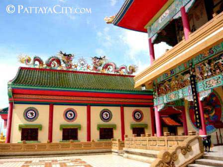 pattaya_city_chinesetemple (48).jpg